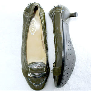 Tod's olive patent leather low kitten heels 5